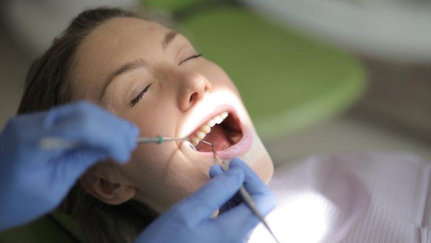 woman-having-tooth-fillings-procedure-image